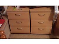 3 drawer Light wood effect pedastel