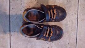 Clarks boys shoes size 11