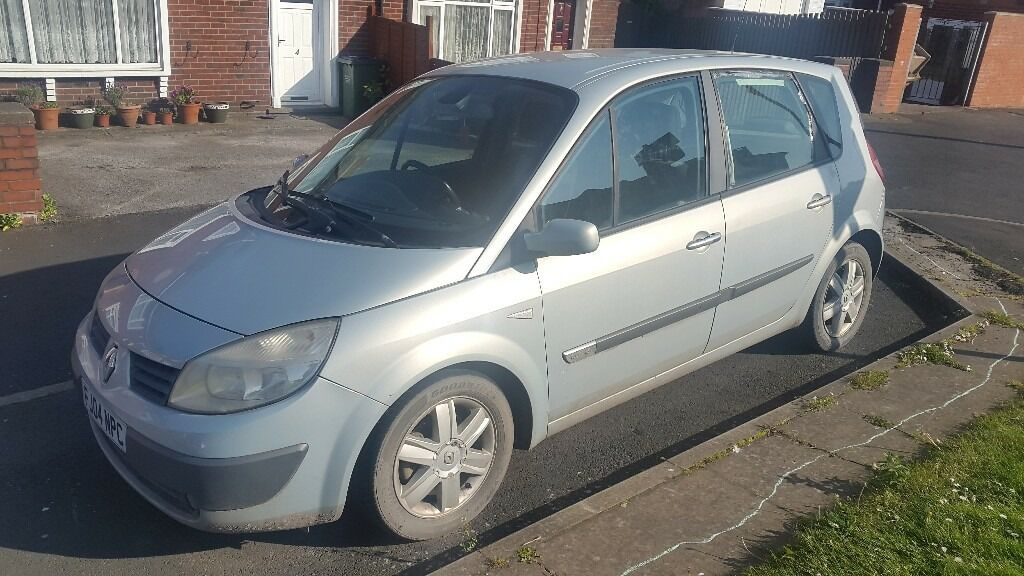 renault scenic 04 plate no papers only v5 battery needed sold as seen 1 key in sandwell. Black Bedroom Furniture Sets. Home Design Ideas