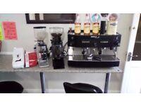 Iberital coffee machine with two coffee grinders