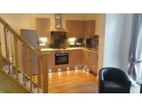 Short Term/Long Term Modern Fully Furnished Split Level 2 Bedroom Maisonette