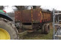 Tipping trailer dump trailer £550 plus vat £660