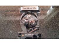 Skulcandy scullcrusher headphones.