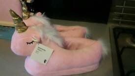 SIZE 2-4 UNICORN SLIPPERS NEW WITH TAGS