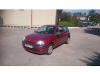 Renault Clio 2001 Y reg 1.2 Petrol manual **88,000 miles**