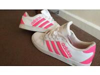 Adidas trainers 5.5 (women's / older kids)