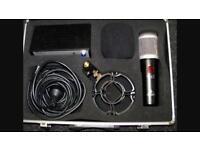 Behringer t-47 mic