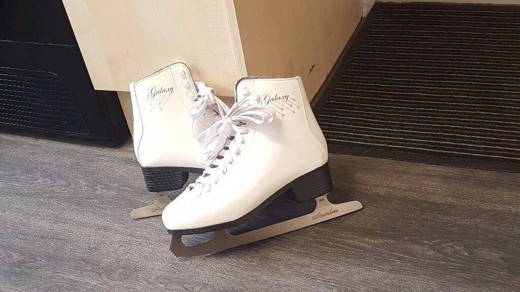 Ice skates size 7 | in Arnold, Nottinghamshire | Gumtree