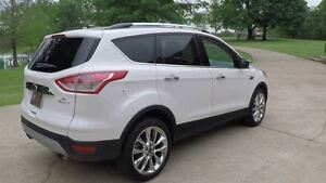 2014 Ford Escape SE - NAVIGATION - LEATHER - MOONROOF