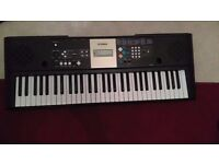 Yamaha Keyboard with Stand - YPT 220 - Excellent Condition