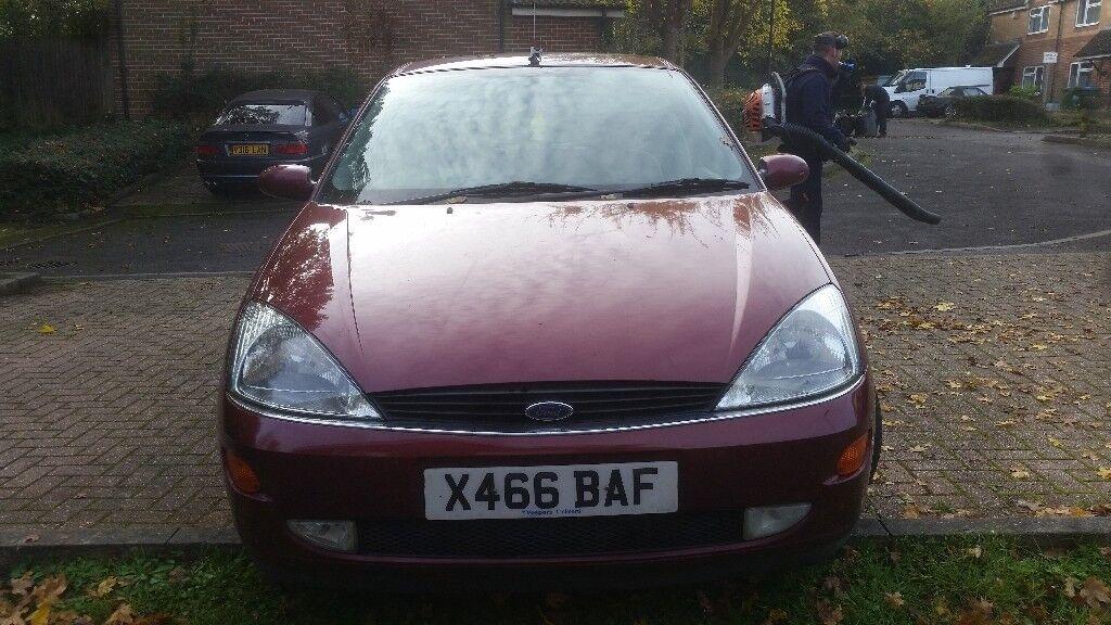 Ford focus ghia 12 months mot 2001 1.8