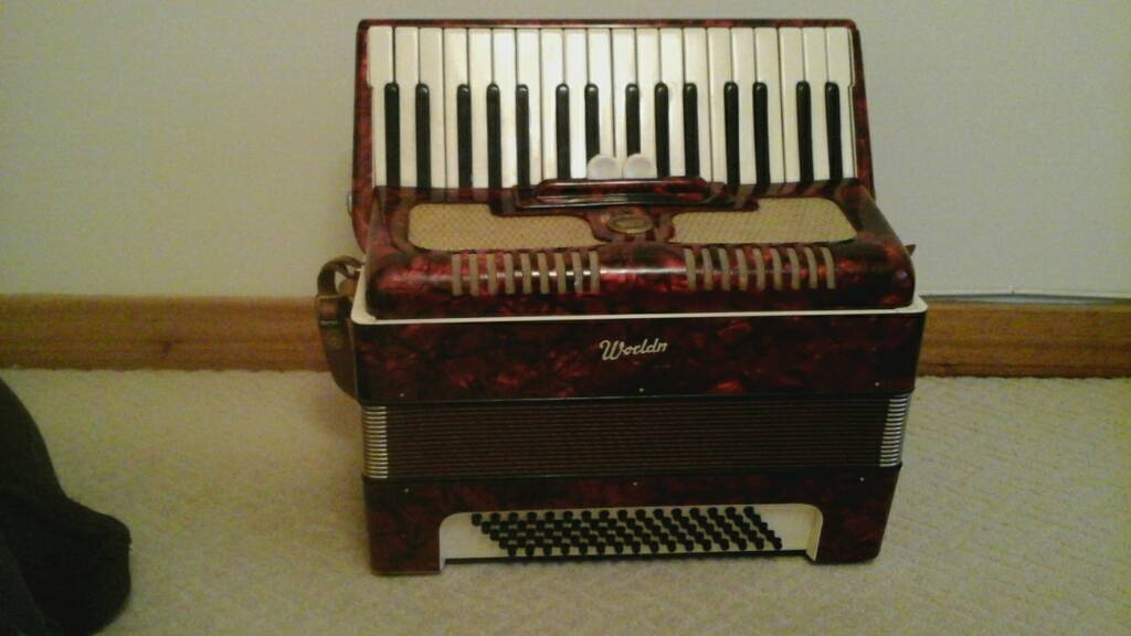 Worldmaster accordion