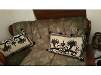 5 seater sofa clean and beautiful bargain