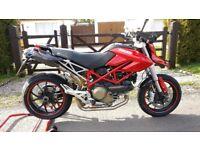 Ducati Hypermotard 1100 (A2 license compliant)