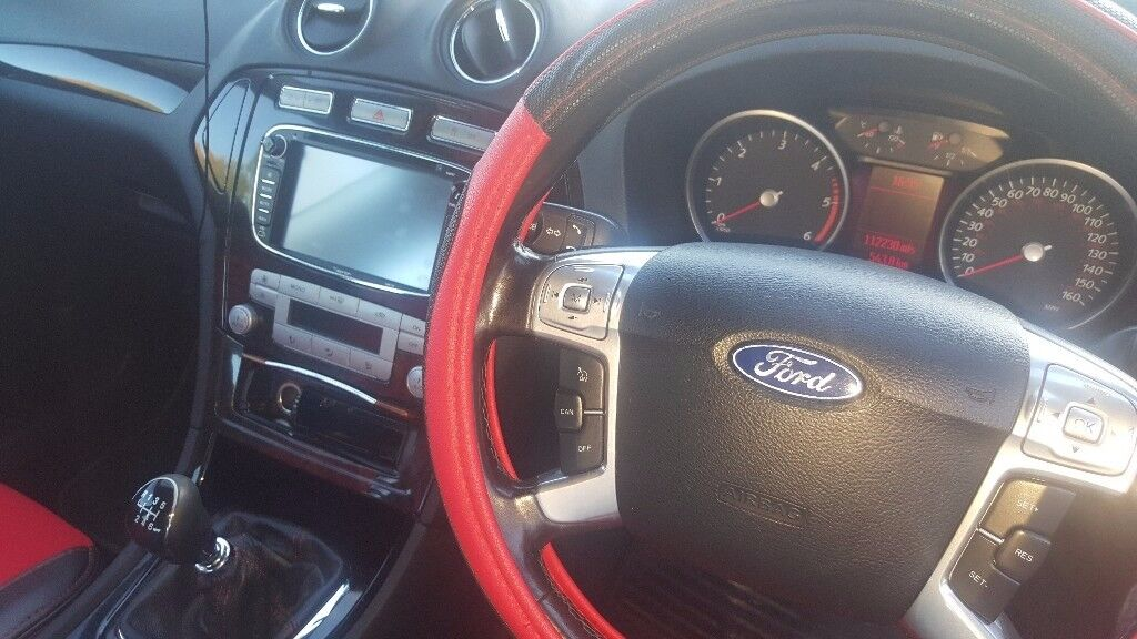FORD MONDEO GHIA 2009 Long MOT Great interior Possible swap for a smaller car !!!