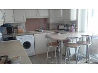 KITCHEN UNITS INC COOKER AND CHAIRS