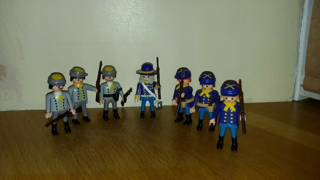 Playmobil Fort Eagle and misc soldiers