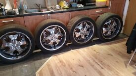 Continental Continental Cross Contact LX sport 275/40/22 tyres and 22 inch alloys Jeep