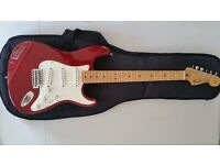 Fender Stratocaster Cherry Red Mexican MIM + Fender Gig Bag