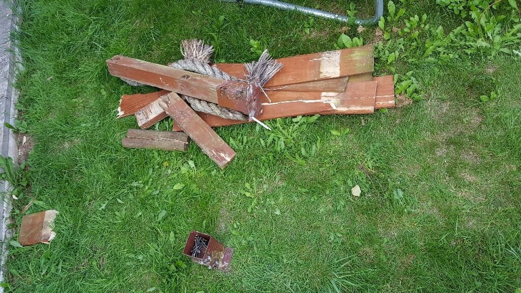 Free Woodtimberin Newton Abbot, DevonGumtree - Free wood / timber might be good for some one there are also some metal post brackets all must go pick up only The white plastic is not included