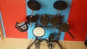 * Batterie V-drum électronique Roland TD-6 mesh 1033 sons WOW