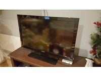 Toshiba 32 inches HD ready TV, perfect condition. good audio