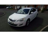 2010 vauxhall astra 1.4 exclusive only 65k miles from new immaculate car