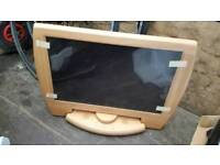 brand new advent wooden monitor