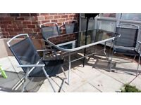 Garden table &4 chairs