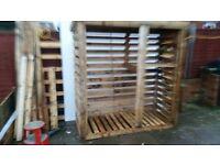 log storage unit