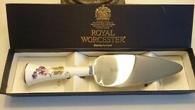 Royal Worcester, Cake Slice