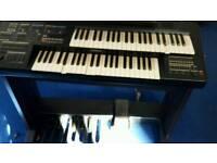Organ - Electronic piano - Yamaha keyboard
