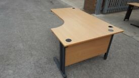 L SHAPED OFICE DESKS