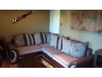 9ft by 6ft large corner sofa great condition or swap for tan or brown genuine leather sofa set