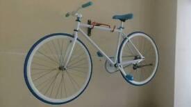 BRAND NEW single speed fixie style retro bicycle