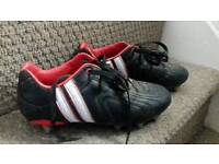 Boy's Patrick rugby boots size 4