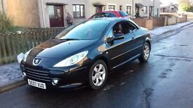 PEUGEOT 307 ALLURE CONVERTIBLE. MINT CONDITION. LOW MILAGE.