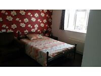 Large Double room ( Double Room with Sofa) available for working couple only £500 PM