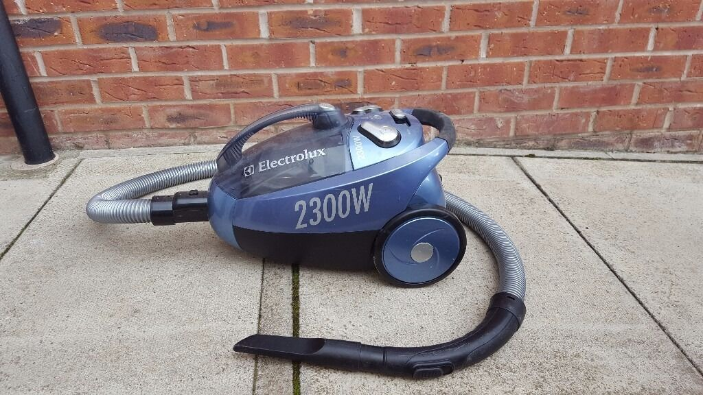 Electrolux Hoover 2300w In Stockton On Tees County