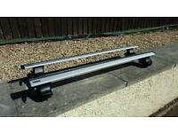 Roof Bars - Thule 754/480 with Thule Wing Bar for Volvo S40