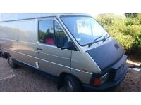 Lovely Renault Traffic campervan with toilet space, full oven, storage. 2 birth