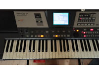 Roland VA-7 These advanced arranger keyboards combine a powerful 128-voice GM2/GS compatible ......