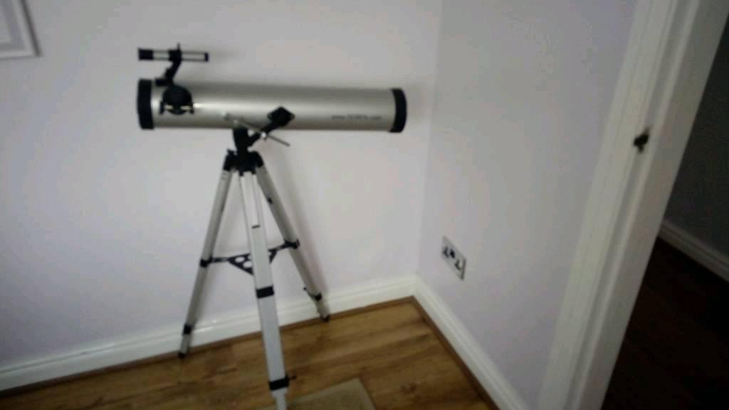 Seben 700 reflector telescope in royal wootton bassett wiltshire
