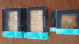 wall sockets ( 2 x double & 1 x dimmer switch)