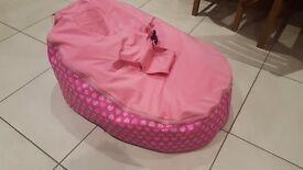 Newborn - Baby bean bag chair pink