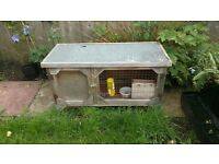Outdoor Rabbit / Guinea Pig Hutch £25
