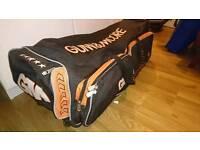 Gunn & Moore cricket bag