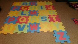 Soft Foam children play mats both alphabet and number jigsaw