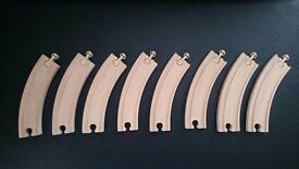8 curved wooden track pieces