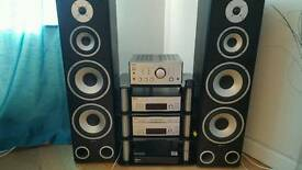 Stunning Sony stack with nice high standing speakers